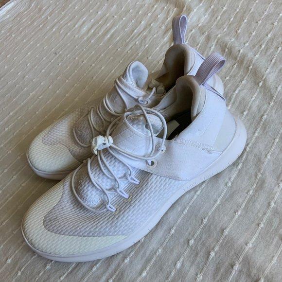 Nike Free RN CMTR Style 880842-100 White size 7.5